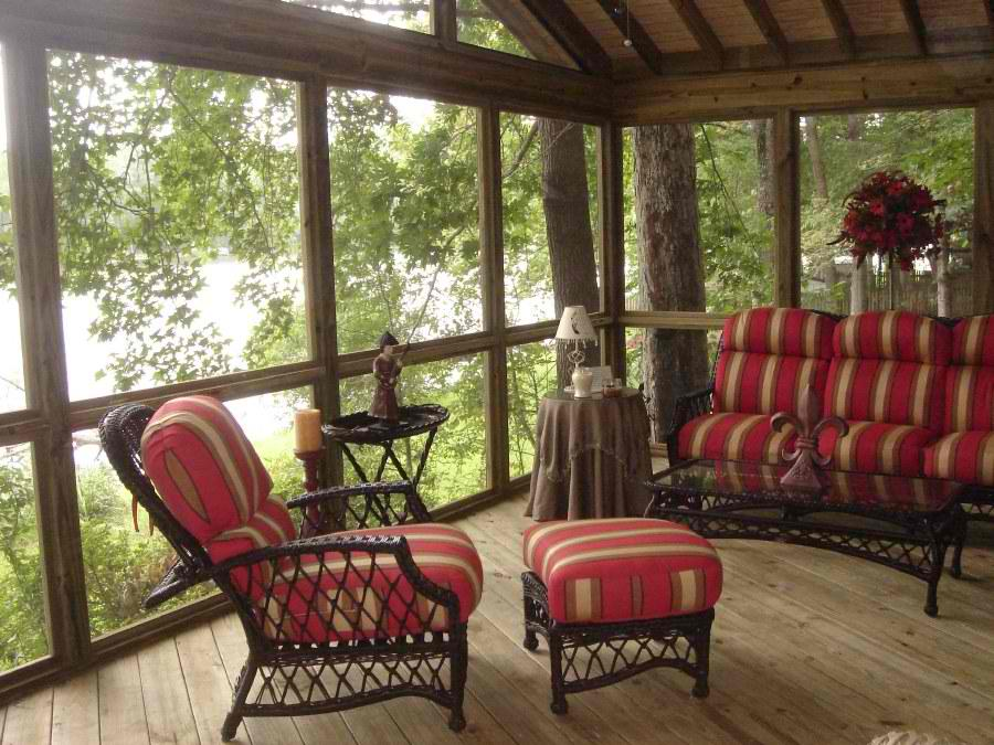 Lake Oconee Screened porch