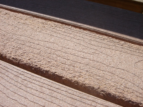 Manufacturing defects composite decking