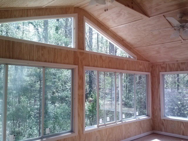Rivoli Rd in Macon GA sunroom interior