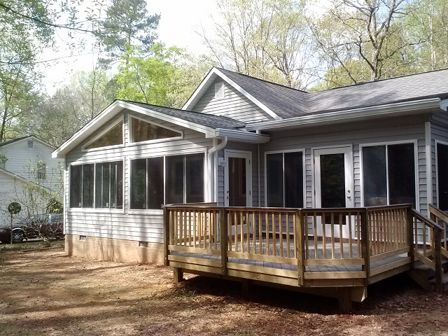 Sunroom and deck combination in Macon GA by Archadeck of Central GA
