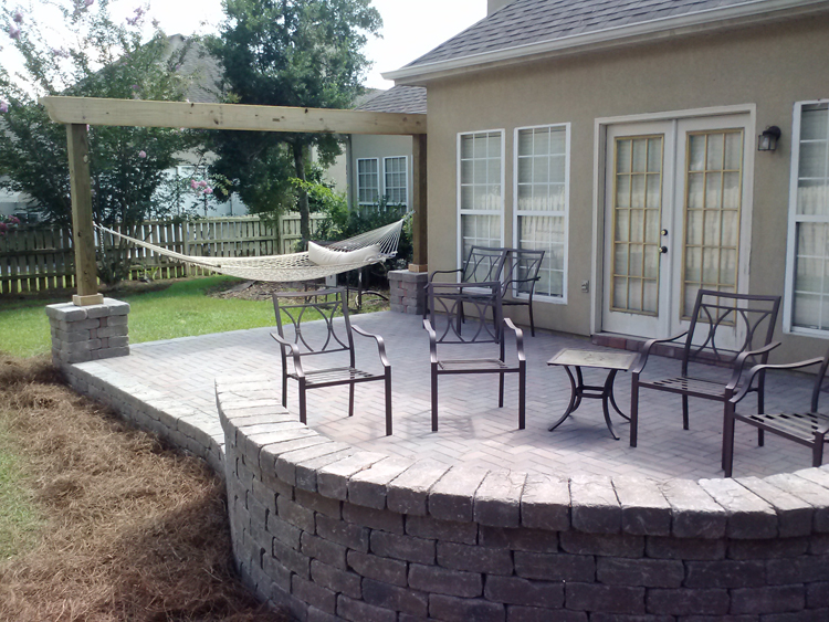 Good Pavers Macon Seating Wall Lr