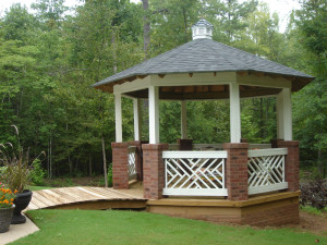 gazebo-macon GA white railing