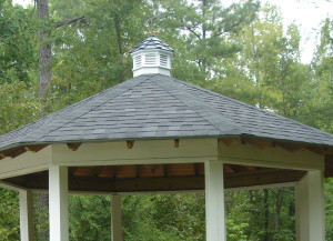 gazebo-macon GA white railing lr
